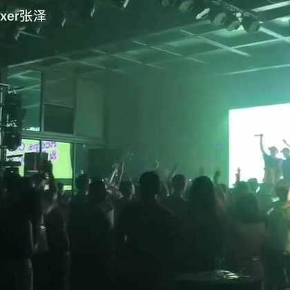 #音乐#四月 上海 part 2 和 reeps one Crazy Lotus Beatbox show#beatbox##beatboxer张泽#