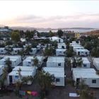 欢迎收看#联合国周刊#!本周,安理会代表团首次访问哥伦比亚,对和平协议表示支持;粮食署每月向400多万名叙利亚人提供粮食援助;75000名难民和移民滞留欧洲,亟需心理支持。