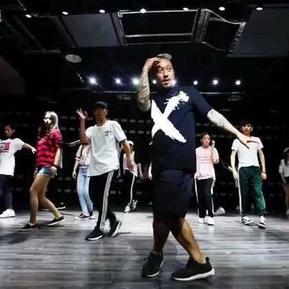 课堂#舞蹈#视频了 最喜欢编中文歌了 好朋友赵钦的歌#坏蛋#@GH5舞蹈工作室