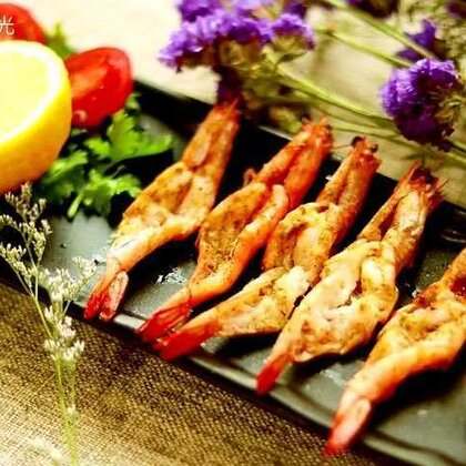别样的吃法-椒盐烤虾😋味道很赞!#美食##我想上热门##吃货#@美拍小助手 @美食频道官方号