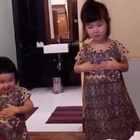 还是上个月的印尼行。小蛮美好的一天全都毁在虫子上了😂#可爱吃货小萌妞##吃货小蛮#