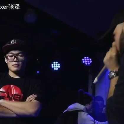 瑞士世界Beatbox大赛-7 to smoke 法国冠军WAWAD VS中国张泽,戴耳机😵#音乐##beatbox##beatboxer张泽#