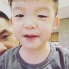 感覺我兒子快被我煩死了~~怒說:我愛你!!!😂😂😂❤️❤️❤️
