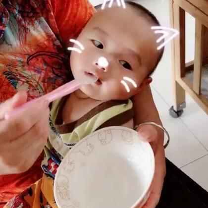 #宝宝成长记录#这几天都添加了一点米糊给他吃