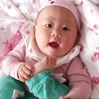 #宝宝#这是有多香啊!吃得如此之欢,人间美味😅😅😅#爱吃脚丫的宝宝#