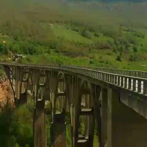 【小语种口语网官网tukk美拍】南斯拉夫电影桥的拍摄地,黑山共...