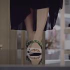 #bntstyle#俗话说女人不能抵抗的两种诱惑,一个是包,另一个就是鞋~ 千里之行也始于足下,一双好鞋是品味的象征,更是舒服的感受,#YUUL YIE#,鬼斧神工,用心呵护出的结晶,为每一个爱美的女人圆上一个高贵的梦~#韩国时尚#@我要上热门 @美拍小助手 @玩转美拍 @美拍娱乐
