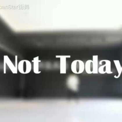 这周末少儿班学的#not today#喜欢fa#防弹少年团#的同学赶快点进来看看。看出她是女生的请点赞评论#我要上热门#@美拍小助手