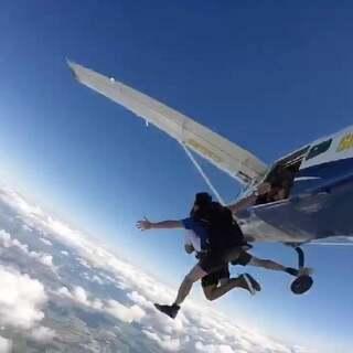 #美拍运动季##高空跳伞##凯恩斯之旅#