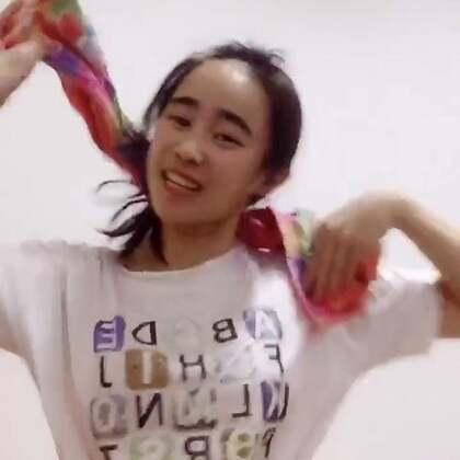 居然是尴尬舞😱没错,我就是故意 跳不出来😎#亚洲天使爱瑞丽##全民甩汗舞##尴尬舞#