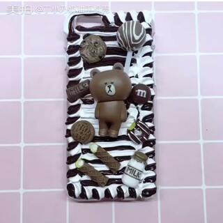 #手工##diy奶油手机壳##奶油手机壳#代理宝宝的订单,布朗熊手机壳,用的双色奶油胶,自己调的,过程惨不忍睹😂双色奶油胶是@DaTing^ 那学的。