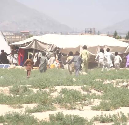 欢迎收看#联合国周刊#!本周,秘书长古特雷斯访问阿富汗表达支持;移民汇款对于帮助发展中国家实现可持续发展目标至关重要;高收入国家五分之一儿童生活在贫困中。