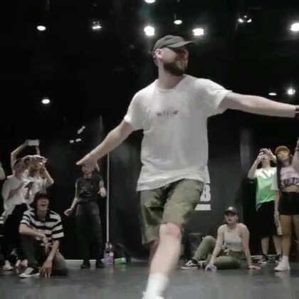 北京嘉禾舞社 Scott Forsyth 2017 Beijing Workshop - Drop | 想学最好看最流行的舞蹈就来嘉禾舞蹈工作室。报名热线:400-677-8696。微信:zahaclub。网站:www.jiahewushe.com #舞蹈##嘉禾舞社##嘉禾#