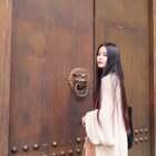 #女神##自拍##穿秀#哈哈毕业季一直在外面旅游,上周去了重庆和成都,分享一组游客照给你们😂重庆的火锅串串太好吃啦!重庆话好好玩!成都的大熊猫太可爱啦~~
