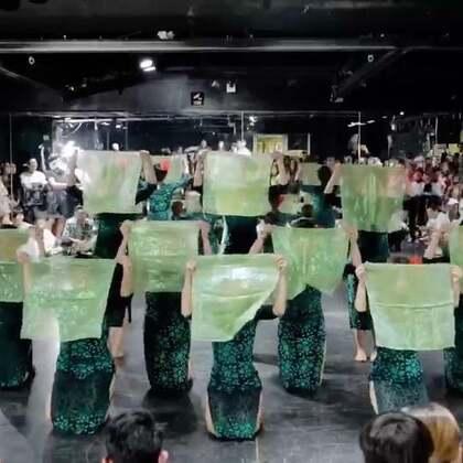 @嘉禾舞社草桥店 绵绵老师@绵绵_Lim RetroFairy - 嘉禾好舞者 vol.9 | 想学最好看最流行的舞蹈就来嘉禾舞蹈工作室。报名热线:400-677-8696。微信:zahaclub。网站:http://www.jiahewushe.com #舞蹈# #嘉禾舞社# #嘉禾#