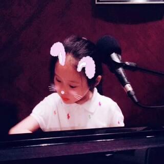 小美女666👍#小小钢琴家#