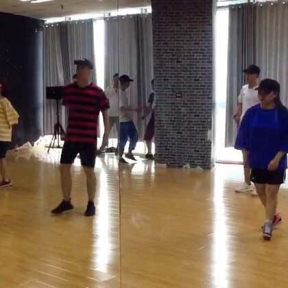 #KingSoul# 随堂记录 音乐:Gyalchester 编舞:我 第一部分课堂纪律 😀😀