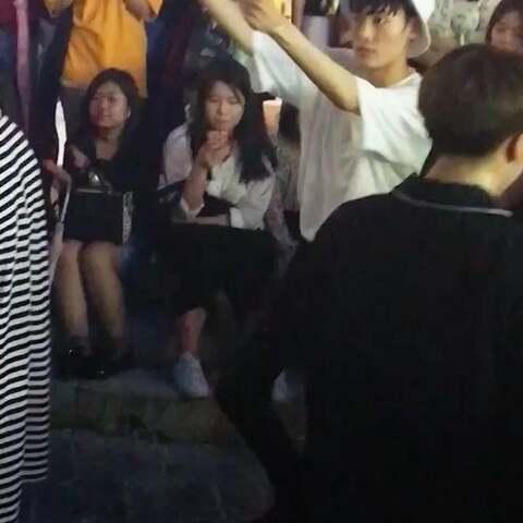 杨胜浩 韩国弘大街头公演 李真圭 可能一不 音乐视频 LGLaini的美拍图片