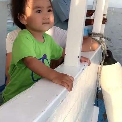 果果在旅途~马尔代夫的太阳岛就要再见了。#宝宝##旅游#