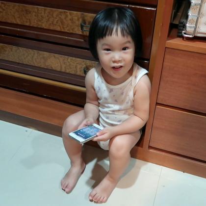 寶貝你躲到哪兒去了?😱😱😱 爸爸把家中每個角落都翻遍了...為了唯一的寶貝!#逗比##搞笑##寶寶#