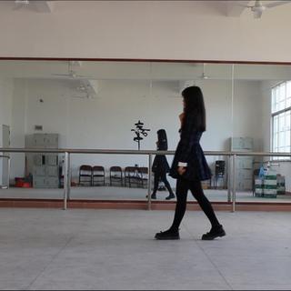 #DK练习室版#这是Apink的#舞蹈#,很温柔很轻松,有种初恋的感觉❤还是一如既往的有气无力…👻#00后交友#