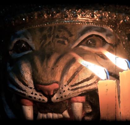 """【冒险雷探长""""东南亚秘境之旅""""震撼来袭!】史上最传奇的一次旅程即将开启!武术、法力、古曼童、鬼妻……最惊险的泰国奇遇,尽在此次神秘泰国行,和雷探长一起揭开东南亚的神秘面纱!视频本周三全网正式呈现,敬请期待!#我要上热门##旅游##探险#"""