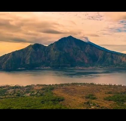 天然度假胜地,千岛之国印度尼西亚!关注【拍秀旅行】微信公众号,获得更多#旅行#咨询。