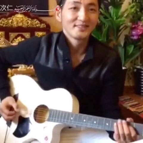 藏族著名歌手谢旦