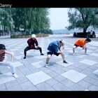 我和专攻班的徒儿们一起完成的#舞蹈MV#一群上课非常热血的孩子!#U乐国际娱乐#是The Greatest 歌手是Sia 从小经历磨难,一直非常正能量!主张突破自己,不轻言放弃!#舞蹈# @北京YOUNGMODE @JAY李解_SWAGMONSTER @Prajna👹Bingoあきら