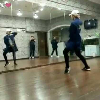 去年冬天教的一支舞,突然发现了这个视频。都是这个舞蹈室的回忆。#may j lee编舞##superstar#