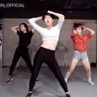 #舞蹈##1milliondancestudio##1M# Hyojin Choi编舞 SWISH SWISH更多精彩视频请关注微信公众号:1MILLIONofficial 【8.14-8.19】 1M将在韩国首尔举办#舞蹈演唱会#及#超级workshop#!相关信息请咨询微信客服:Million1zkk 订票官网:https://www.1millionsuperweek.com