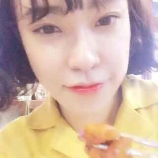 #吃货##我是吃货我自豪##韩国美食# 探访韩国最火的网红美食店-炒鸡排店
