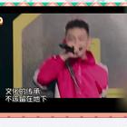 Hello everbody 自打这#中国有嘻哈#开播以来呀,蛋妹身边就没少过,#打着rap旗号的---喊麦#,所谓的喊麦,其实是中国网民模仿外国的饶舌歌手,而引申出来的一种#新型音乐形式#。