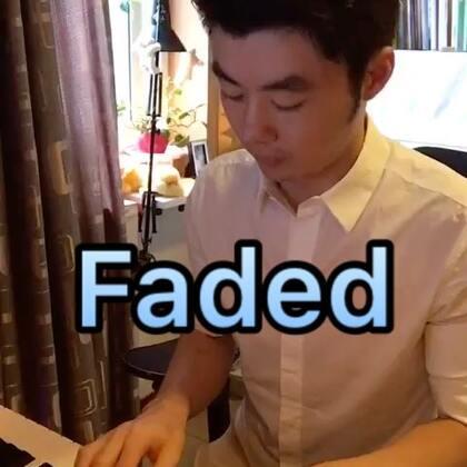 (Faded)夜色钢琴曲 #U乐国际娱乐##钢琴曲# 微博:夜色钢琴赵海洋