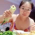 #吃秀# 晚餐:煎饼卷大葱、番茄炒蛋、咖喱鸡肉、孜然羊肉