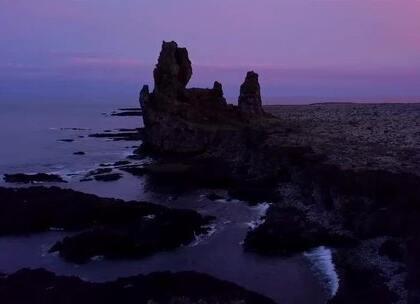世界尽头壮美的冰岛,难得一见的神奇景色!关注【拍秀旅行】微信公众号,获得更多#旅行#咨询。