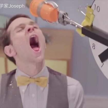 揭秘网红科学家的辛酸幕后!所以我到底被浇了几次才喝到果汁?😅#搞笑##手工##我要上热门#