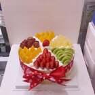 #美食##甜品##美食作业#夏天来一个满满的水果蛋糕,好幸福❤❤❤❤❤❤