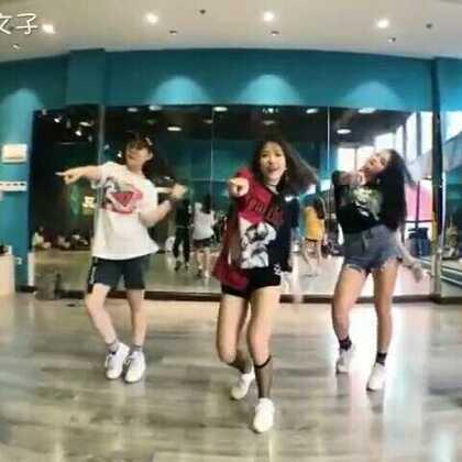 #superlove##舞蹈##敏雅韩舞专攻班#再来一个Kris编的 非常舒服的版本😝