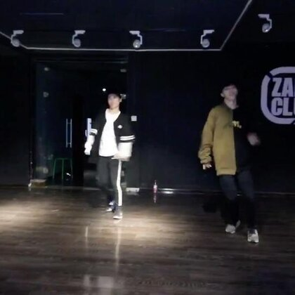 #shape of you舞蹈# Kyle hanagami 编舞,当时用了二倍速跳,纪念一下。#舞蹈#