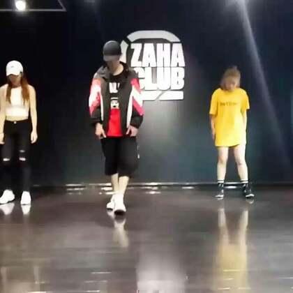 先来个预告版哦!😁😁这个舞小哲老师@小哲zinco 走心啦!#西安街舞##嘉禾舞蹈工作室##热门#