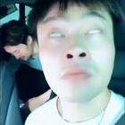 今天找刘阳借了鼻孔,找JaySin借了白眼,找超强借了眉毛