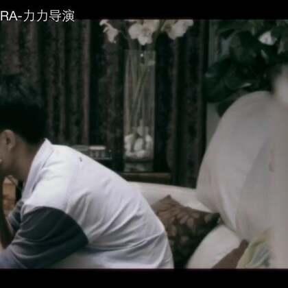我拍的微电影,还没拍完,先发个预告版,只是个预告,拍摄是用国产的KINE电影机拍的,谢谢宝宝你们这么好看还一直这么支持我的美拍,么么哒😋#微电影##中国足球梦##中国足球梦#