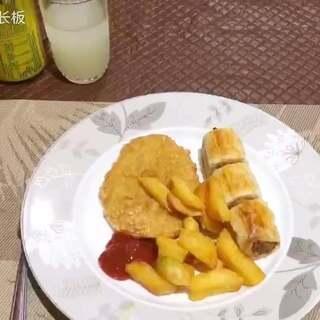 roast sausage & patato cake & chips🥔🥓🍞🥖🌭酥皮芝士香肠&土豆饼#美食##自制美食##美味#
