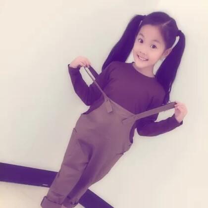 童年的时光#宝宝##穿秀#魏艺萱