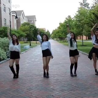 #blackpink 口哨舞##韩舞模仿##敏雅舞蹈#@敏雅音乐 @敏雅可乐 集体表示blackpink的舞真的很难排齐、这个算是录着玩了、更多视频请关注@UNH_AlterEgoCrew