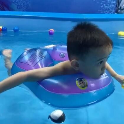 #宝宝#游泳瓜瓜又来游泳啦,呱呱