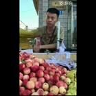 现在水果摊竞争这么激烈的吗,中国嘻哈有希望啊!😂