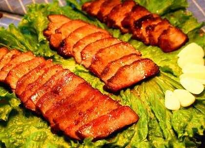 个人特别钟爱烤肉,经常在家烤着吃,无论是下饭还是下酒都是杠杠的,这次用的是梅花肉,比较瘦,喜欢肥一点的就选五花肉,具体的食材用量我都写在视频结尾了,稍后会把做法写在评论里,看不懂的去看评论哈😚#美食##家常菜##食面八方#