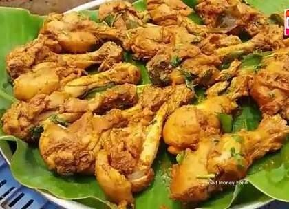 印度农民改善生活,炖一锅鸡腿吃,酱料倒进锅里画风突变.
